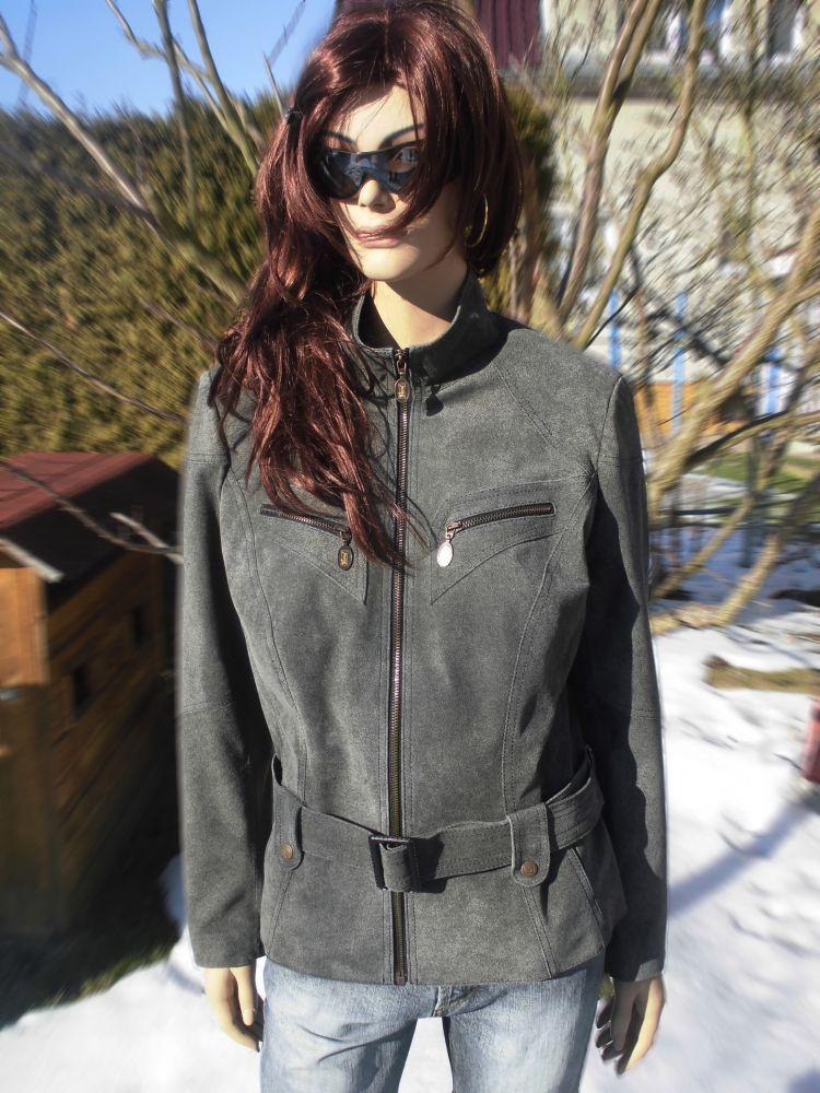 Tereza 4 s kapucí