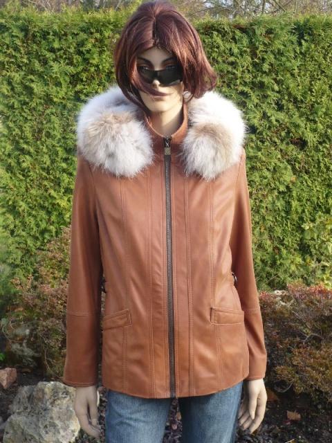 Radka 3 s kapucí