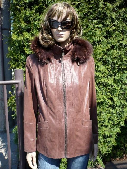 Radka 5 s kapucí