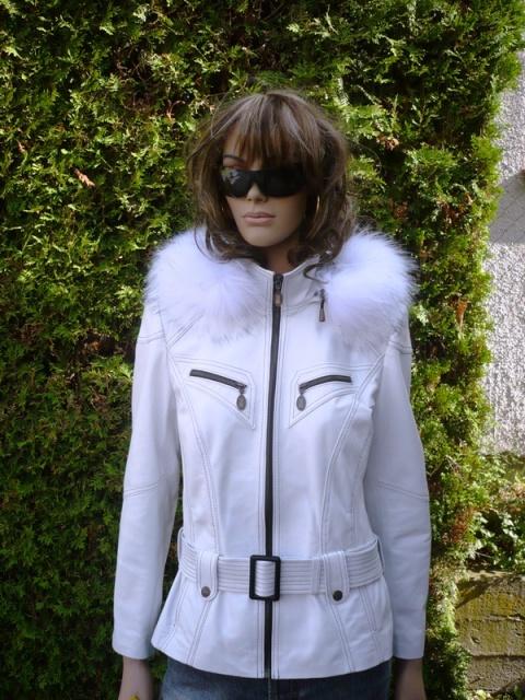 Tereza 10 s kapucí