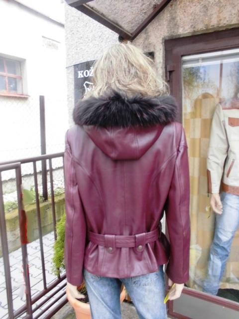 Tereza 3 s kapucí