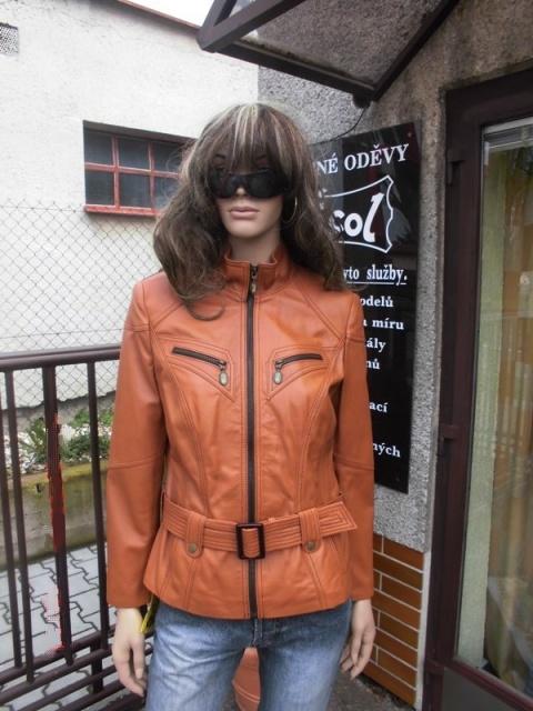 Tereza 11 s kapucí