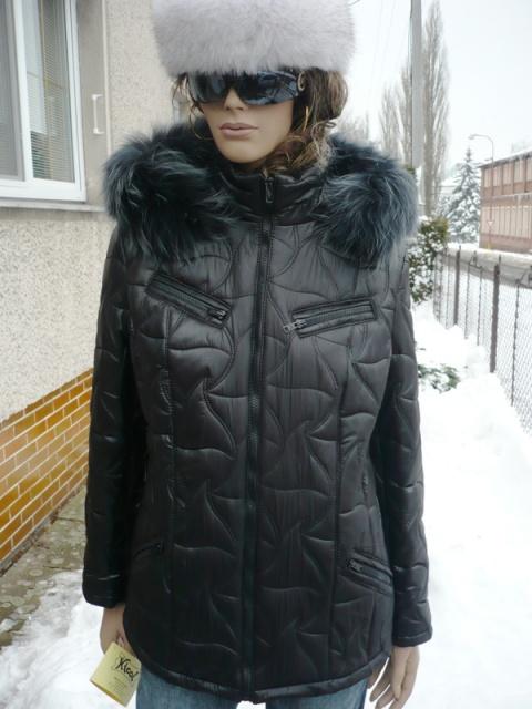 Johana 1 s kapucí