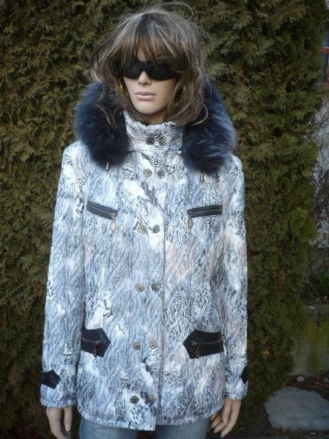 Katka 3 s kapucí