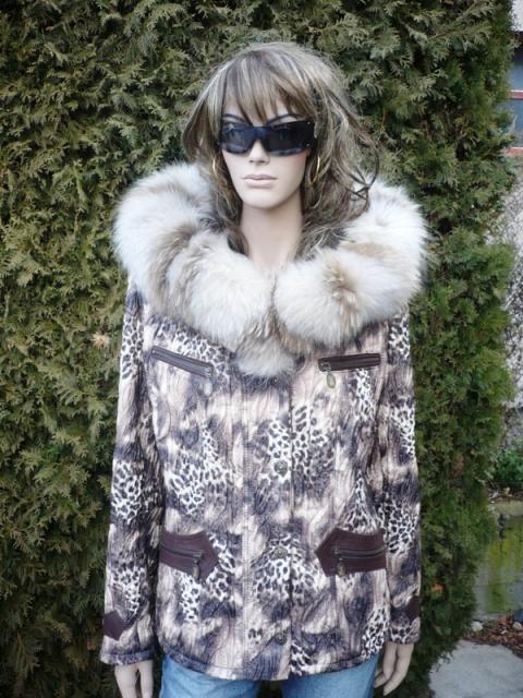 Katka 1 s velkou kapucí